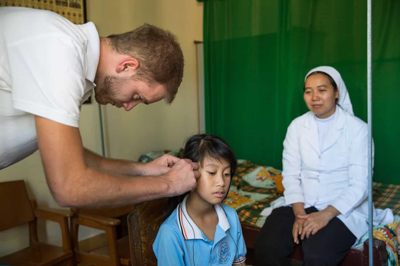 NGO documentary photography hear the world binh dang4