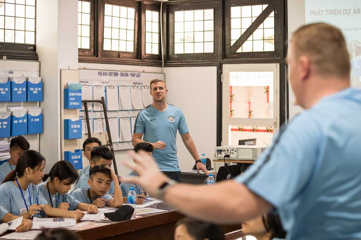 Vietnam Manchester City Cityzens giving young leaders 1
