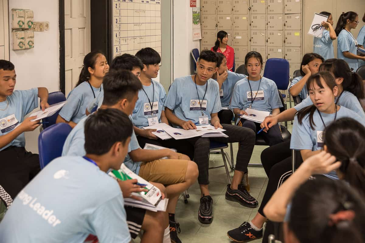 Vietnam Manchester City Cityzens giving young leaders 11