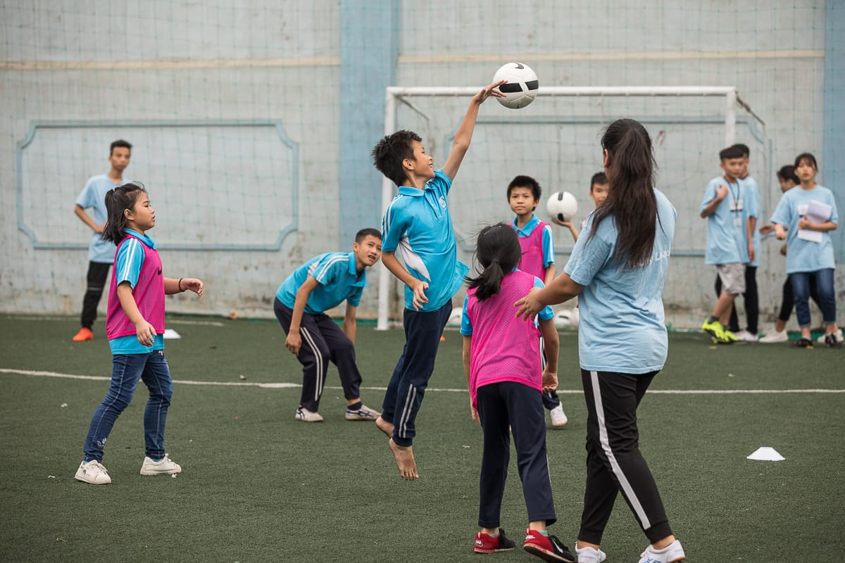 Vietnam Manchester City Cityzens giving young leaders 15