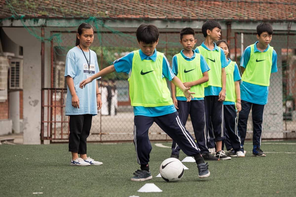 Vietnam Manchester City Cityzens giving young leaders 17