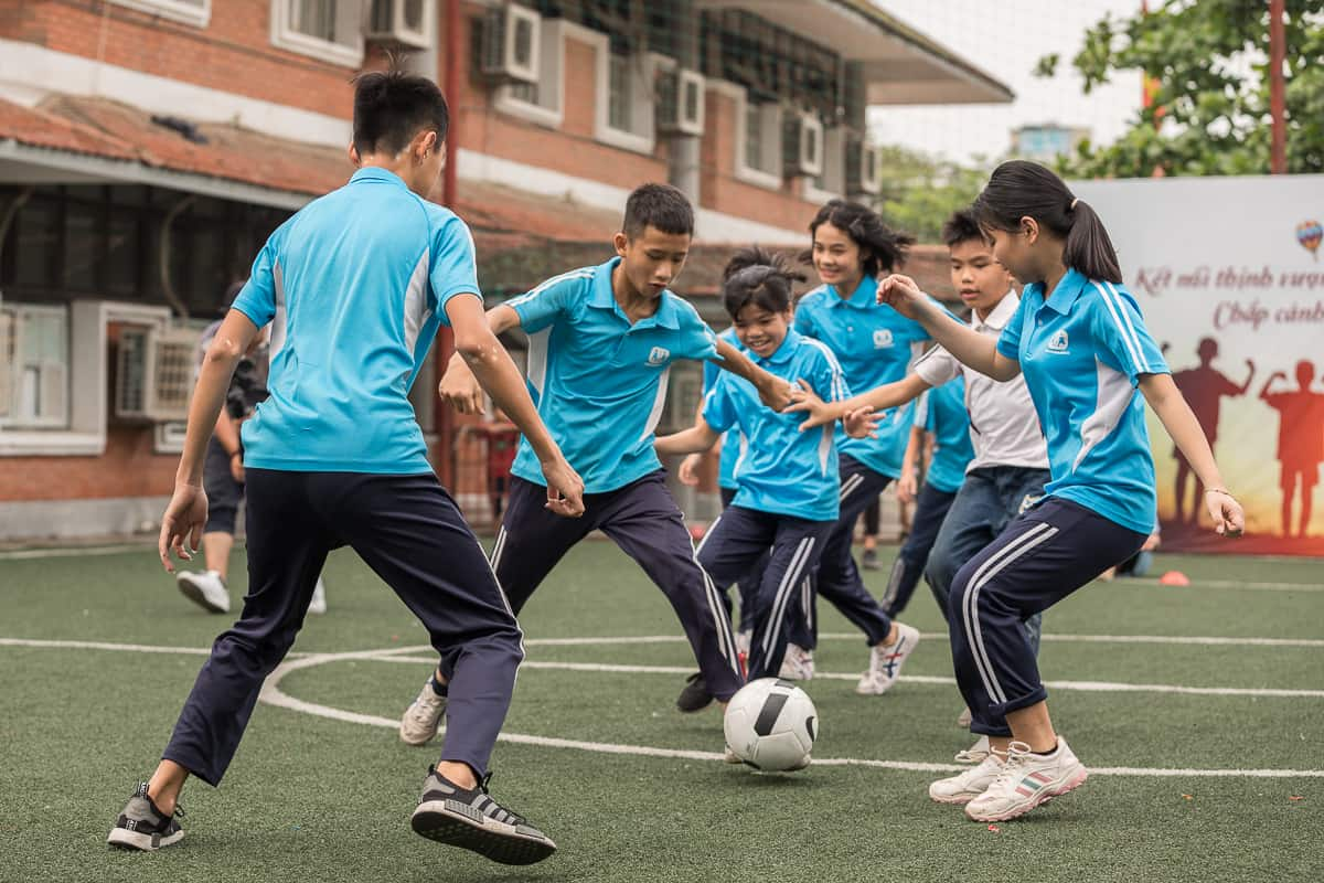 Vietnam Manchester City Cityzens giving young leaders 25