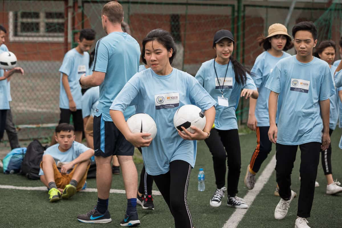 Vietnam Manchester City Cityzens giving young leaders 4