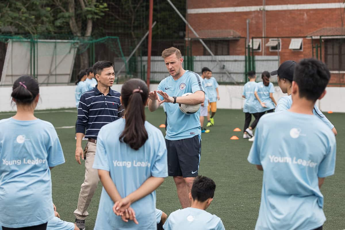 Vietnam Manchester City Cityzens giving young leaders 6